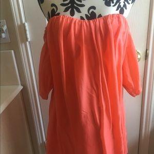 Bebe Strapless flowy dress